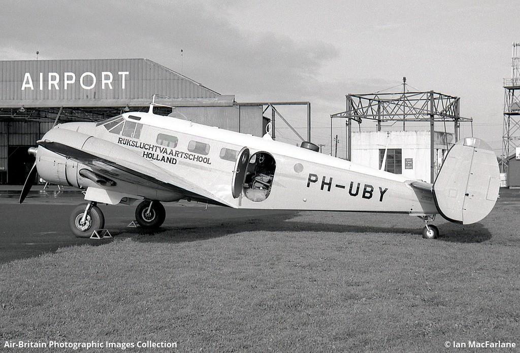 Beechcraft, damals